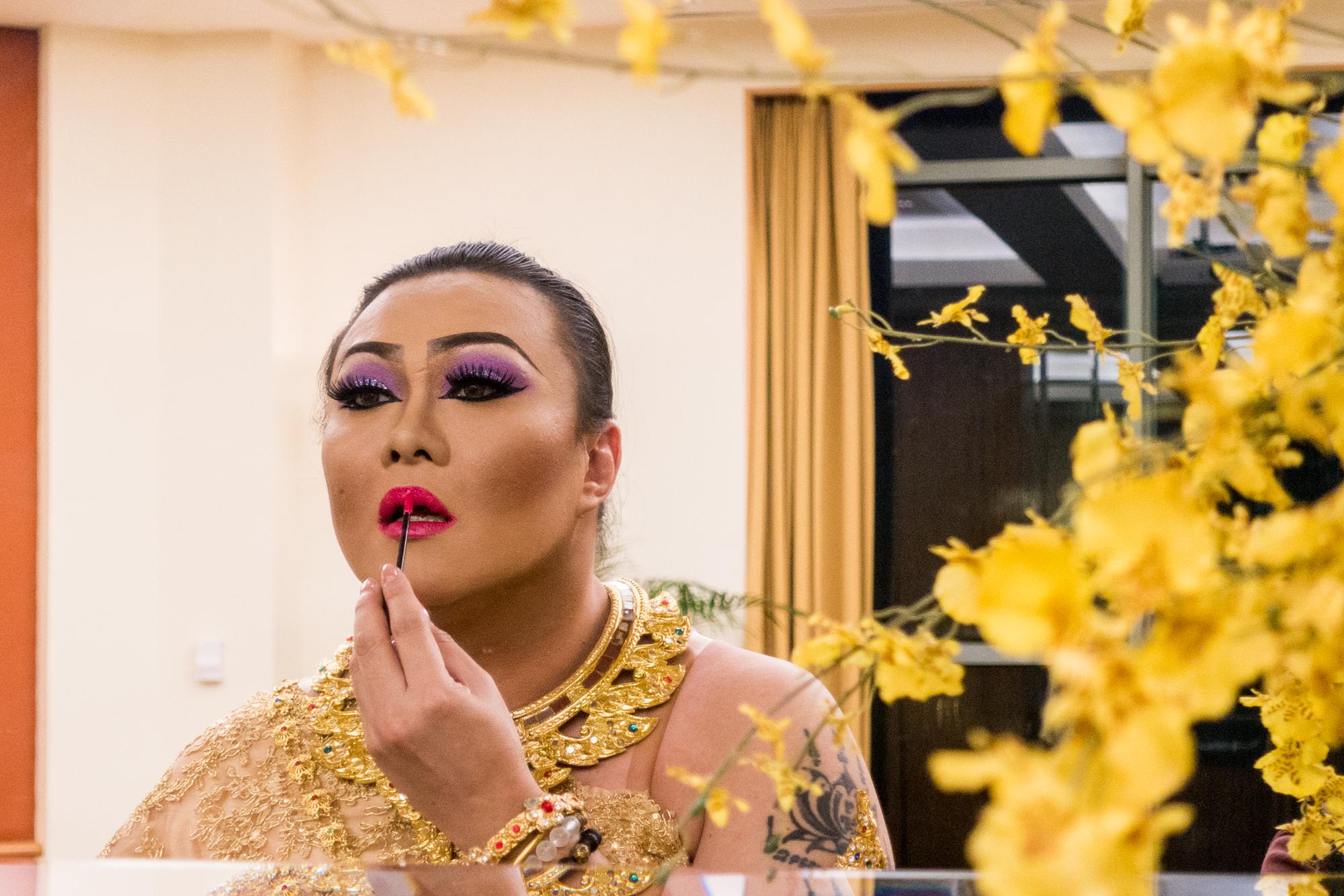 Sammi Zhen, Drag Queen, Ler Jun